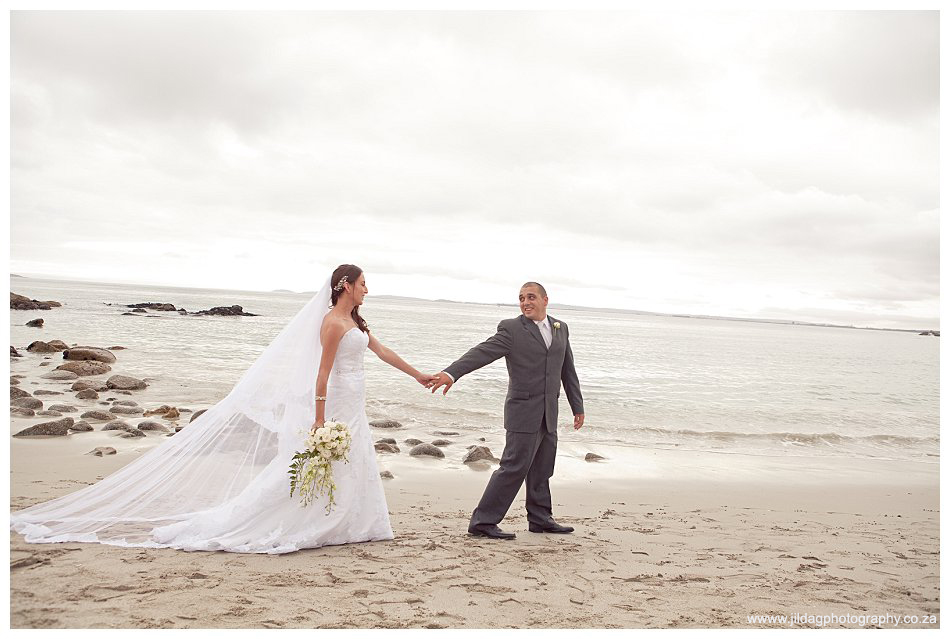 Crystal Lagoon Lodge, West Coast beach wedding - Bianca & Daniel (34)