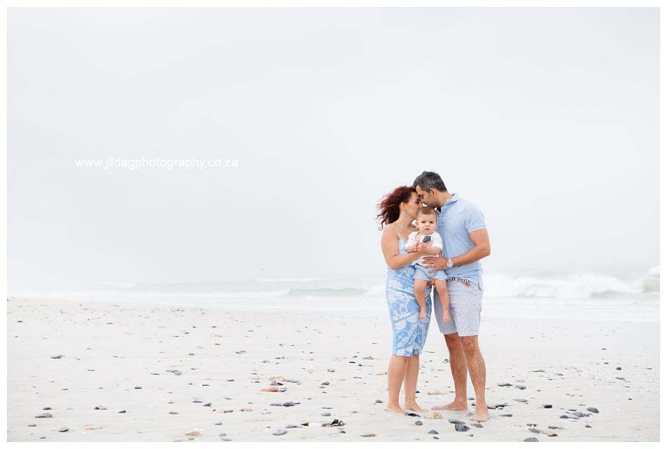 Jilda-G-Photography-family-photographer-beach_0659