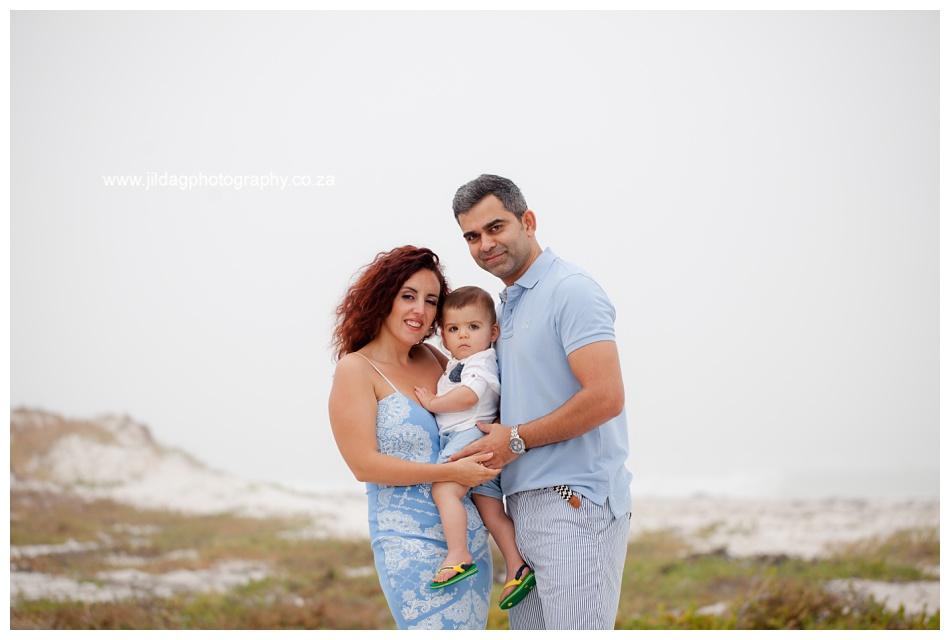 Jilda-G-Photography-family-photographer-beach_0674