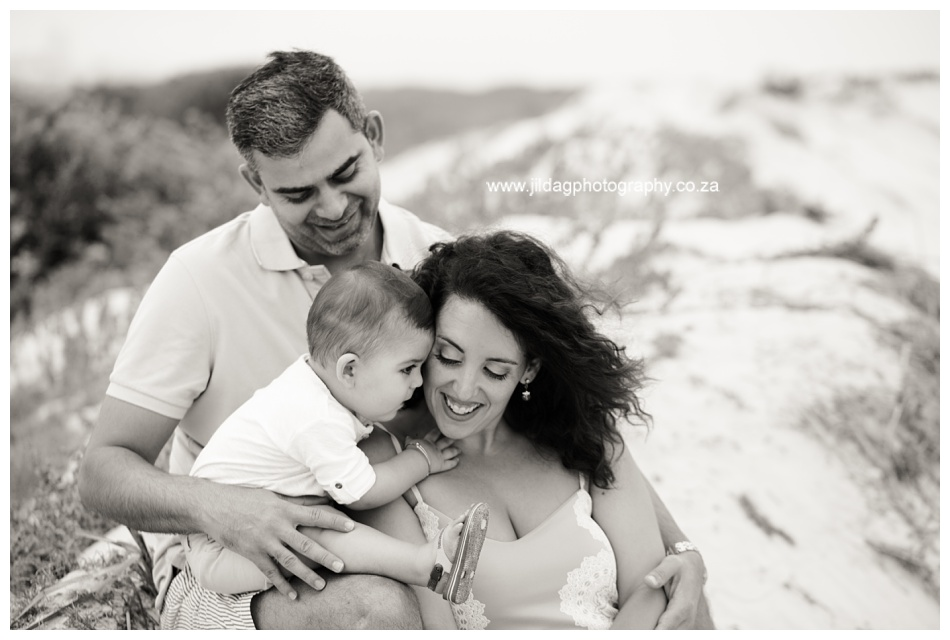 Jilda-G-Photography-family-photographer-beach_0683