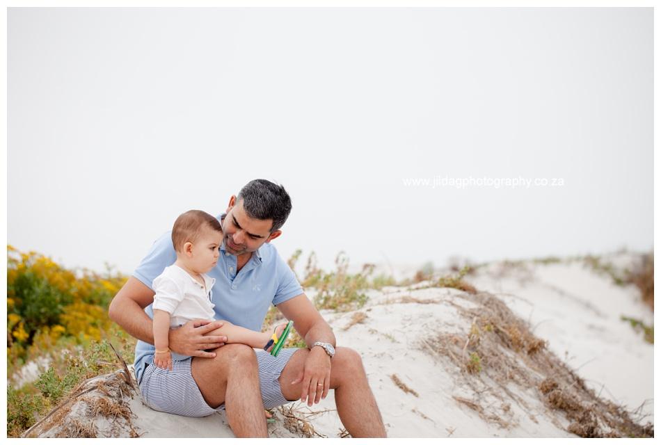 Jilda-G-Photography-family-photographer-beach_0687