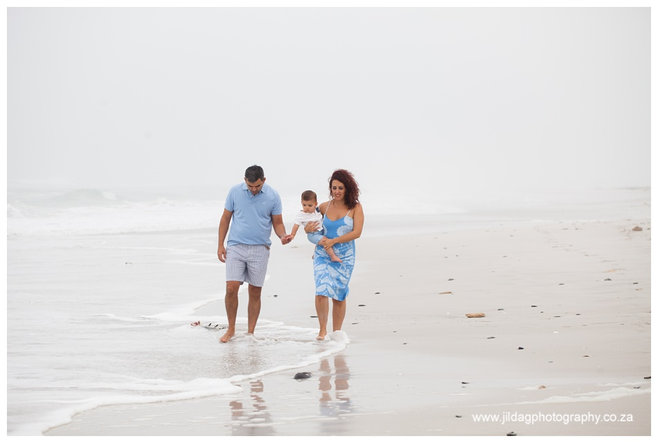 Jilda-G-Photography-family-photographer-beach_0690
