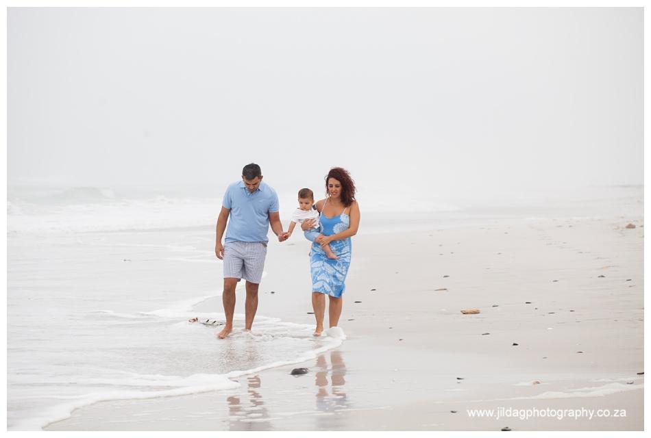 Jilda-G-Photography-family-photographer-beach_0690