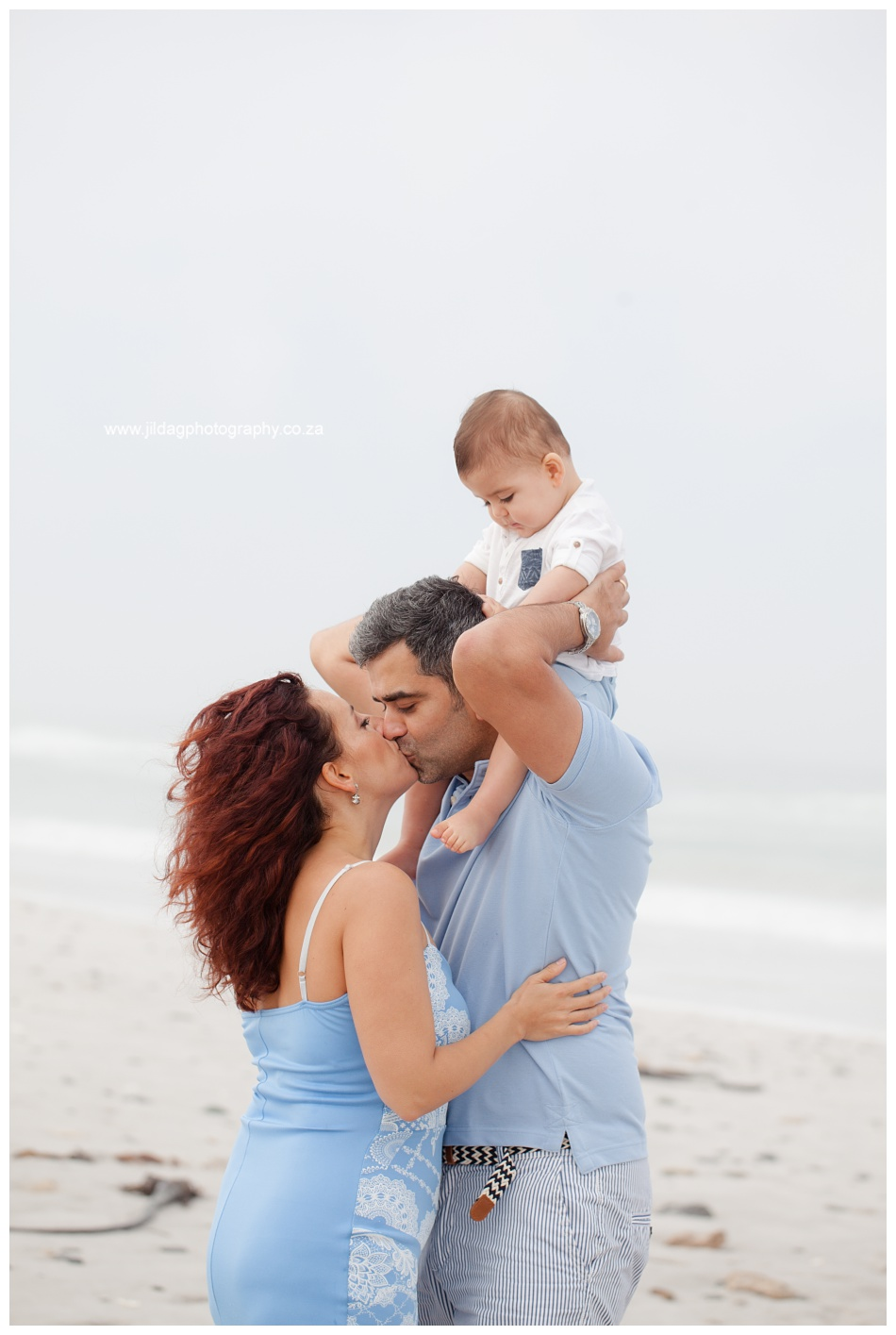 Jilda-G-Photography-family-photographer-beach_0701