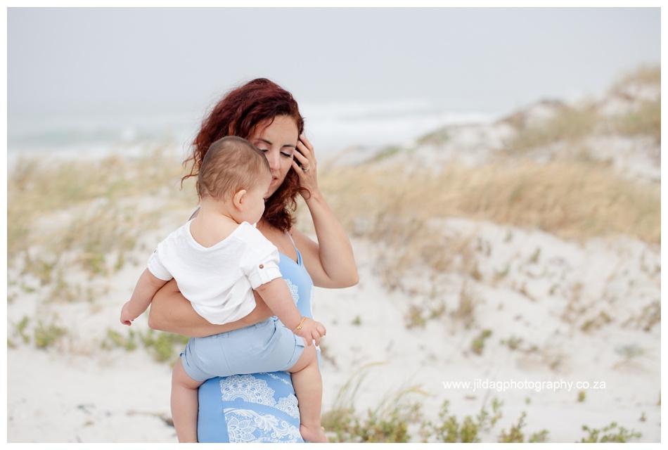 Jilda-G-Photography-family-photographer-beach_0704