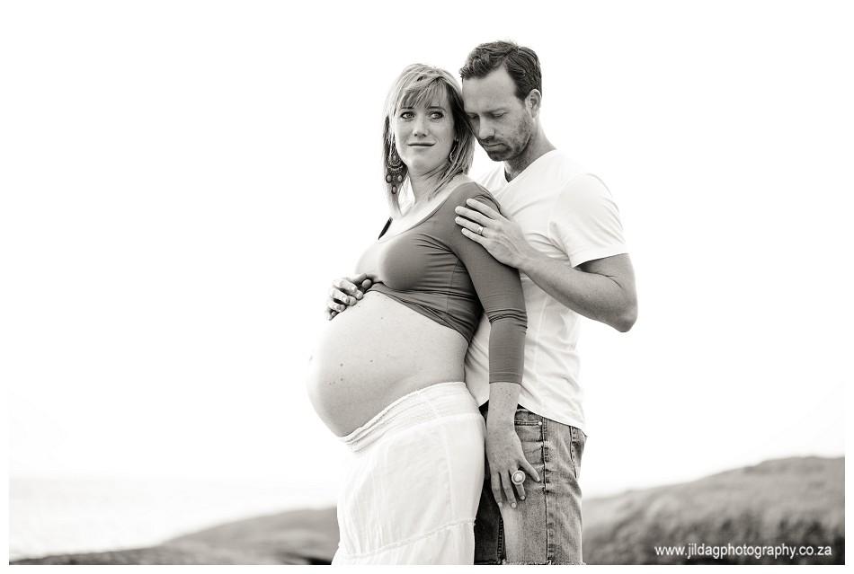 Maternity - Beach shoot - Jilda G Photography (16)