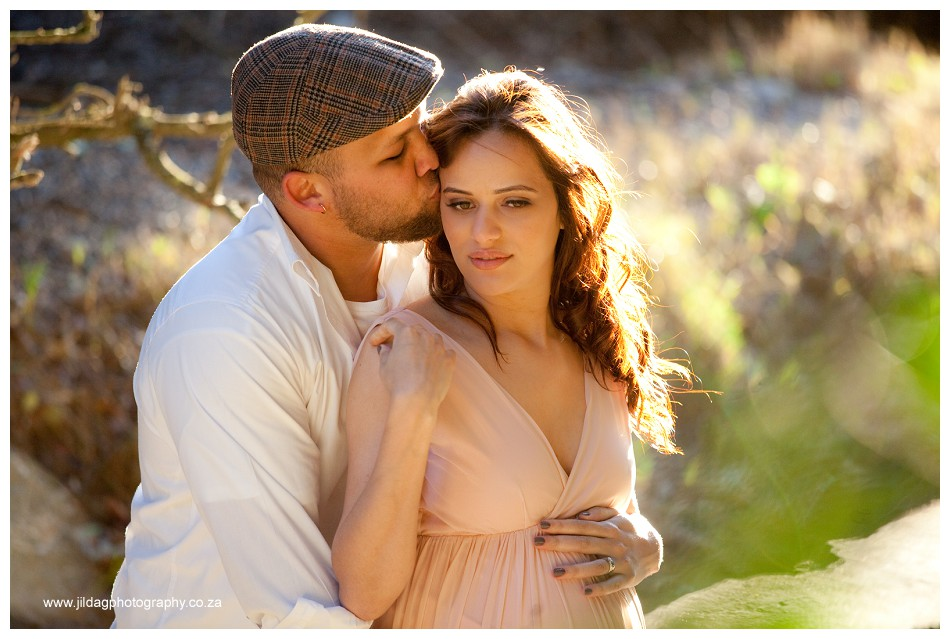 Maternity beach shoot - Jilda G Photography - pregnancy twins (14)