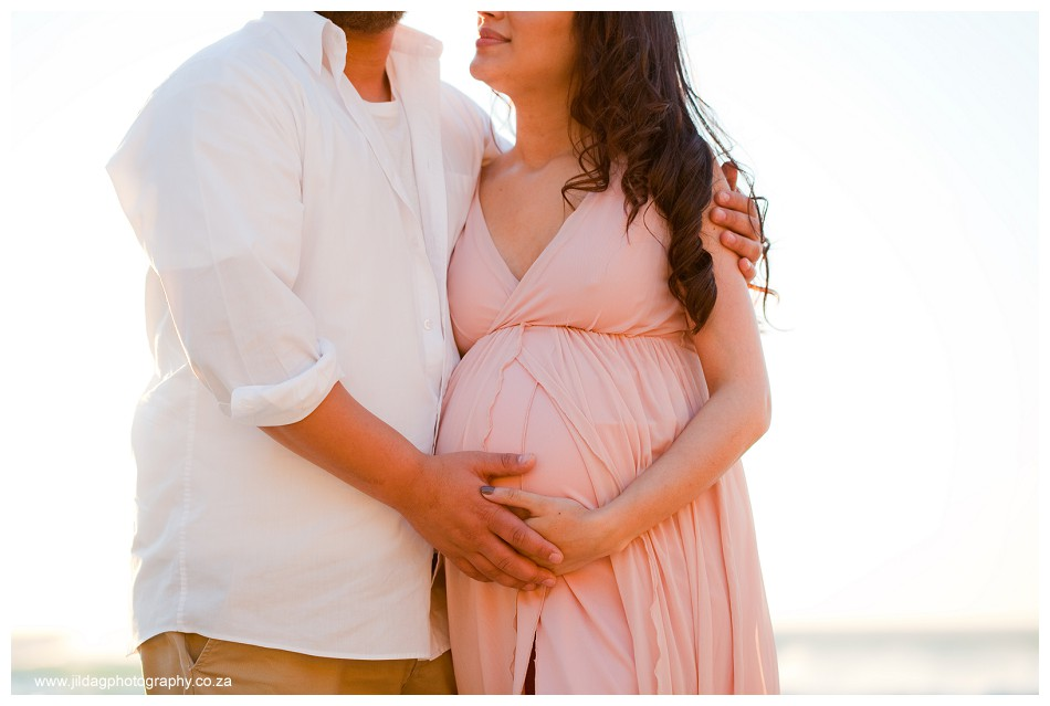 Maternity beach shoot - Jilda G Photography - pregnancy twins (25)