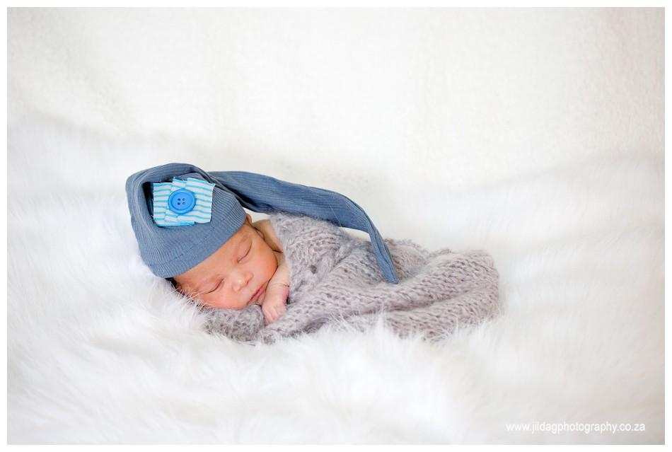 Newborn - studio- photography - Durbanville (9)