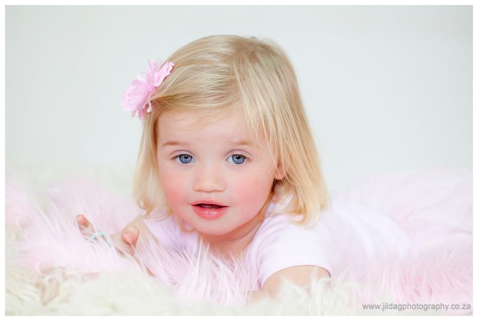 Newborn studio shoot - Durbanville - Jilda G Photography (17)