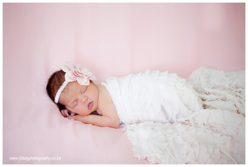 Newborn studio shoot - Durbanville - Jilda G Photography (4)
