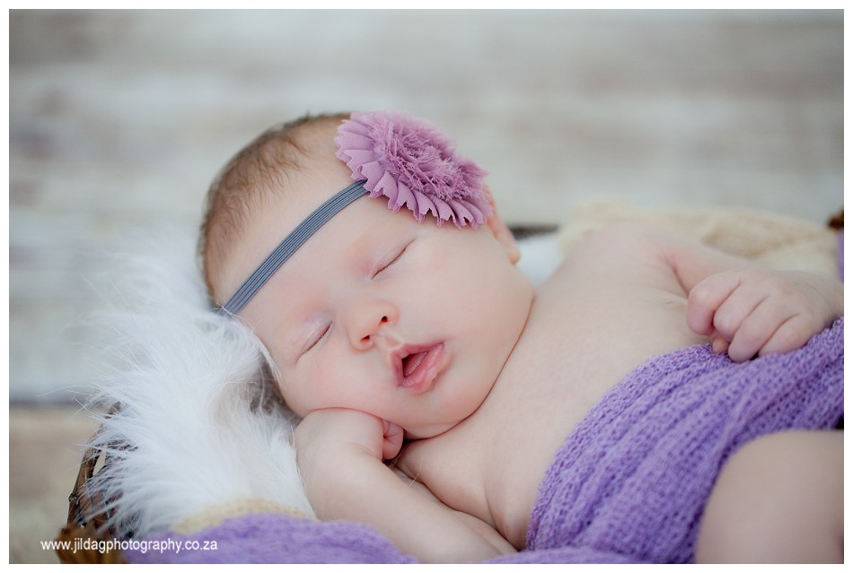newborn-studio-photography-jilda-G (12)