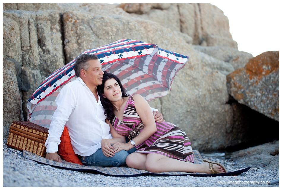 Beach engagment - Camps bay - wedding ring - Jilda G Photography (7)