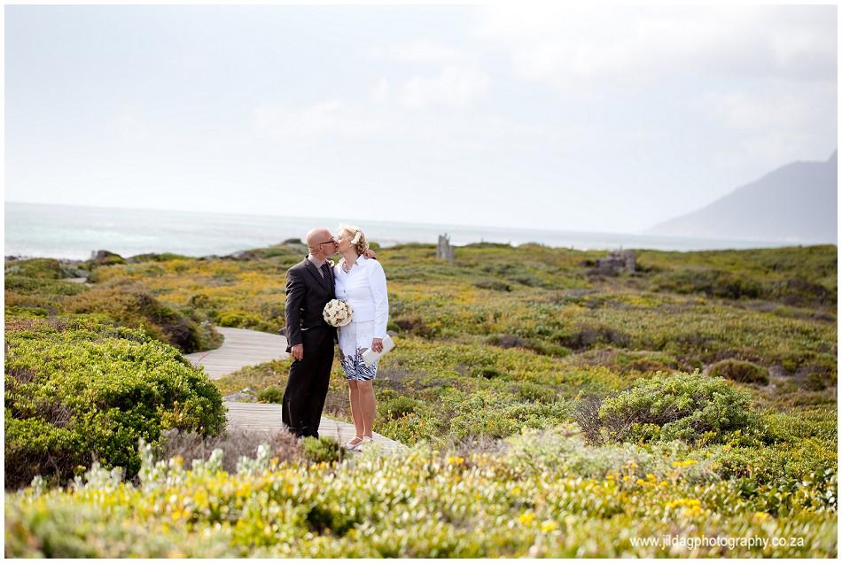 Beach wedding - elopement - JIlda G Photography- Cape Town (13)