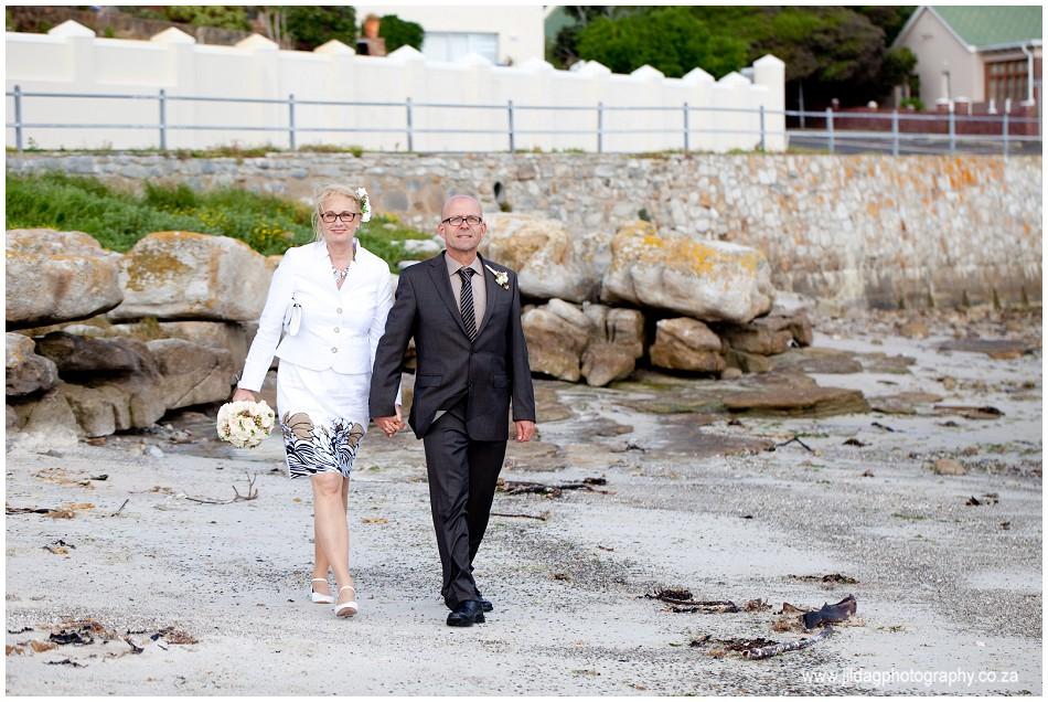 Beach wedding - elopement - JIlda G Photography- Cape Town (18)