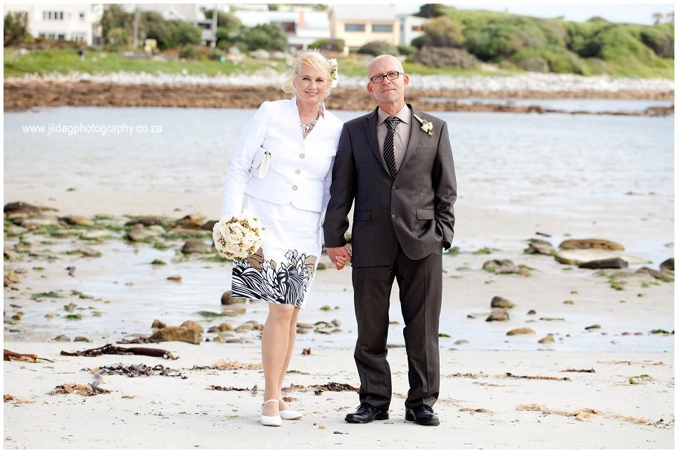 Beach wedding - elopement - JIlda G Photography- Cape Town (20)