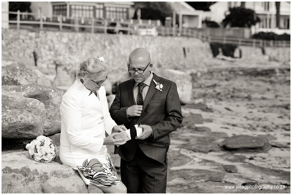 Beach wedding - elopement - JIlda G Photography- Cape Town (21)