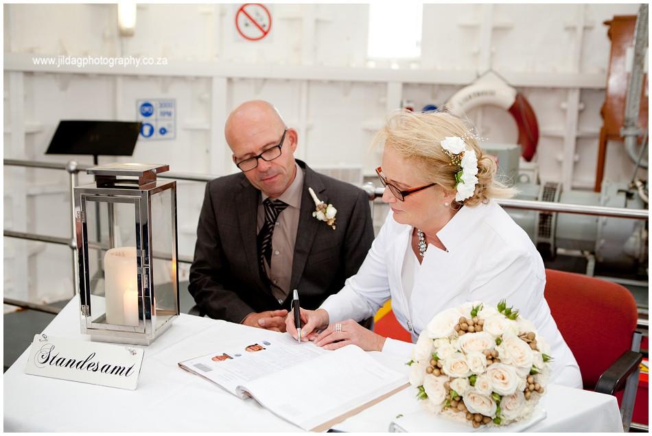 Beach wedding - elopement - JIlda G Photography- Cape Town (6)