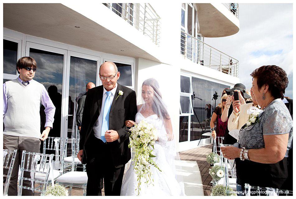 Crystal Lagoon Lodge, West Coast beach wedding - Bianca & Daniel (17)