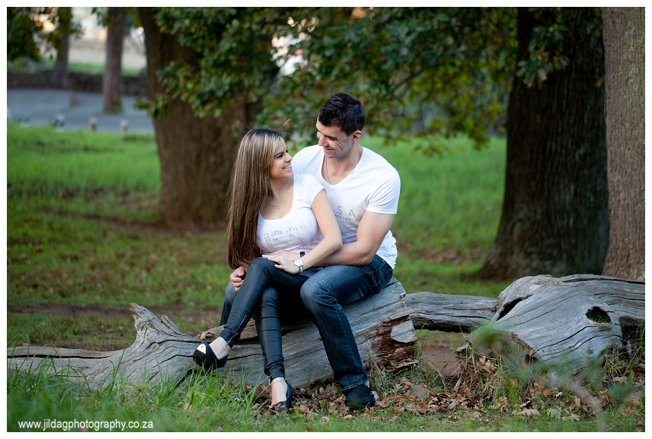 Engagement shoot - forest location (25)