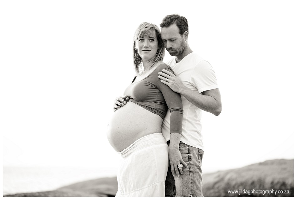 Maternity - Beach shoot - Jilda G Photography (16)