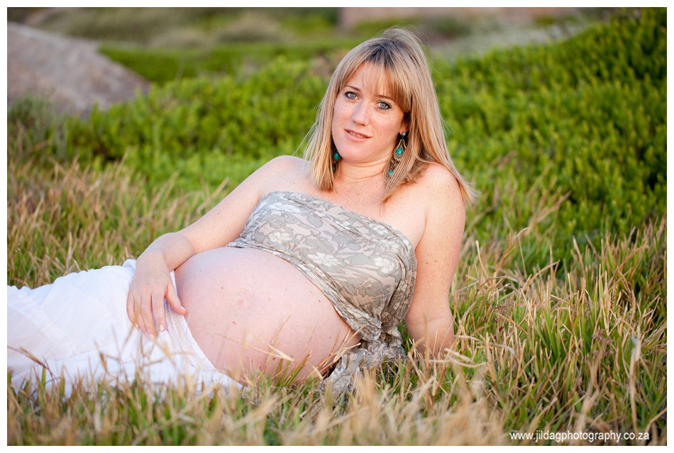 Maternity - Beach shoot - Jilda G Photography (31)