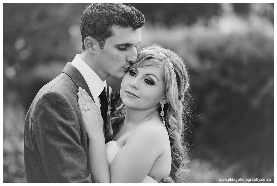 Meerendal - Durbanville wedding - Alison & Adam (36)