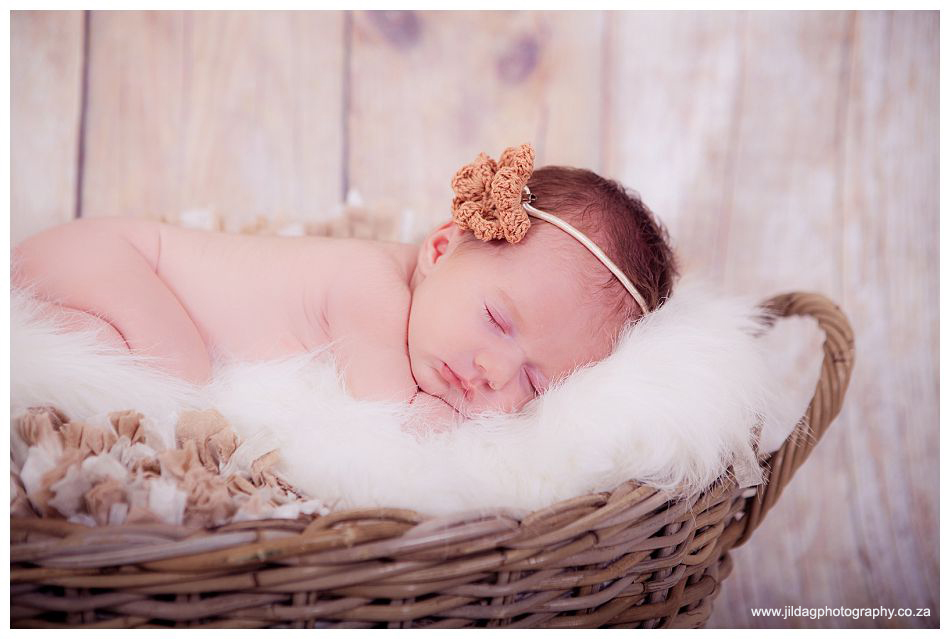 Newborn, Studio shoot, Flavia (1)