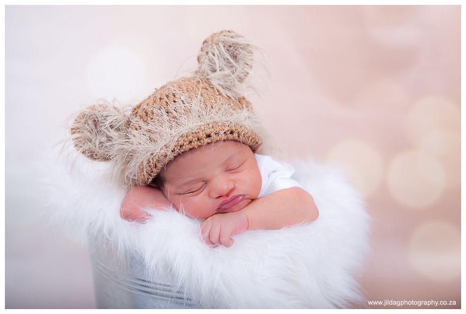 Newborn, Studio shoot - Riaan (5)