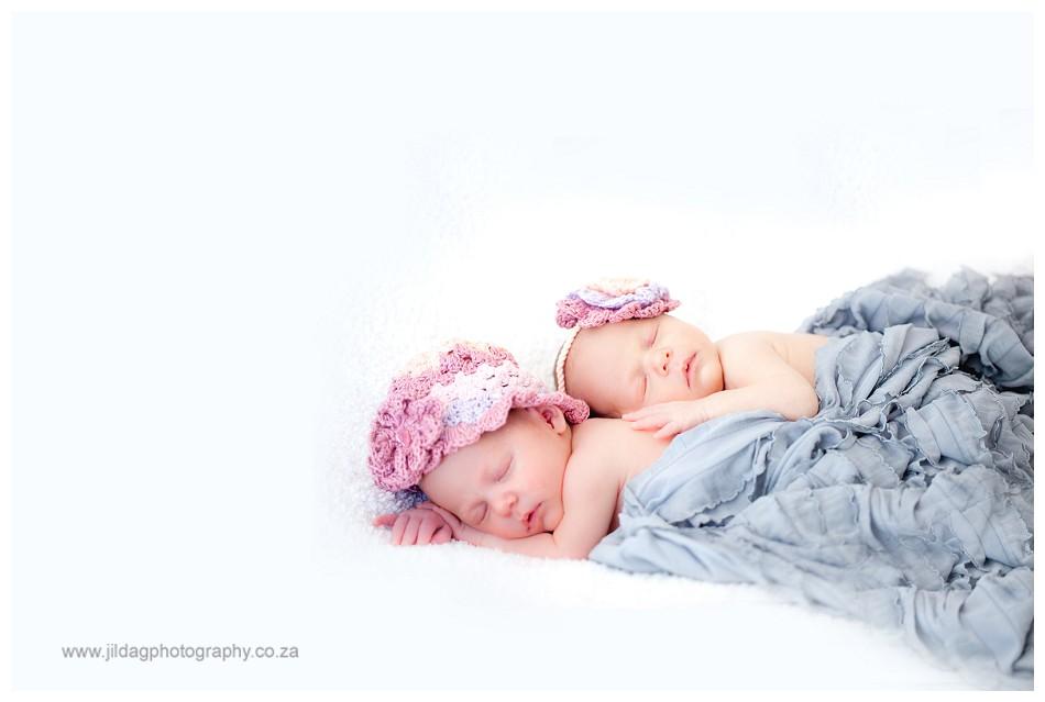 Newborn Twins photography _ Jilda G (18)