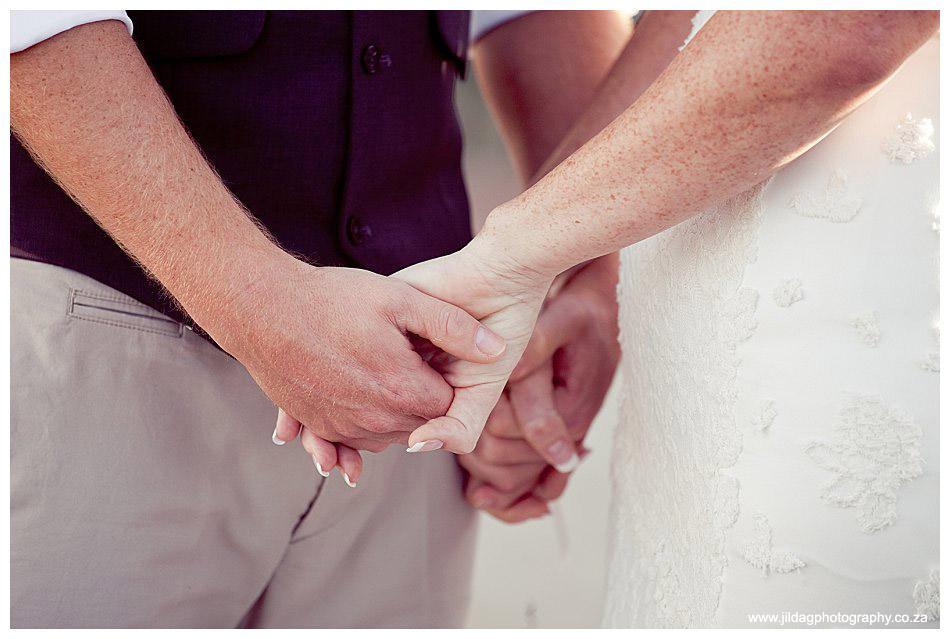 Seatrader, West coast beach wedding, Romy & Clynt (31)